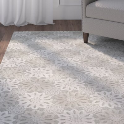 Greer Hand-Woven Gray/Ivory Area Rug Rug Size: Rectangle 8 x 10