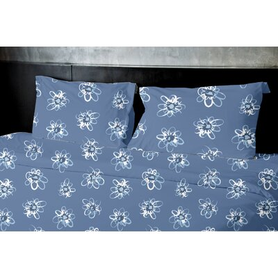 High Meadow Duvet Set Size: King, Color: Blue