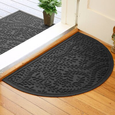 Fairborn Aqua Shield Boxwood Doormat Color: Charcoal