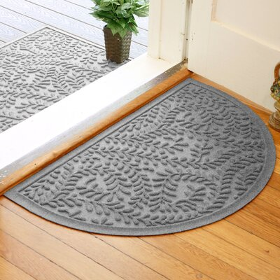 Fairborn Aqua Shield Boxwood Doormat Color: Medium Gray