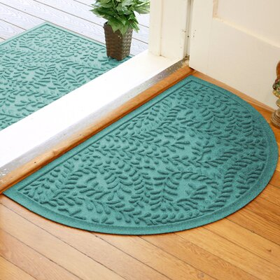 Fairborn Aqua Shield Boxwood Doormat Color: Aquamarine