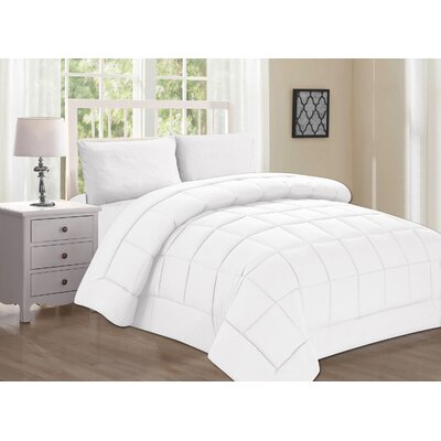 Polyester All Season Down Alternative Comforter Color: White, Size: Twin