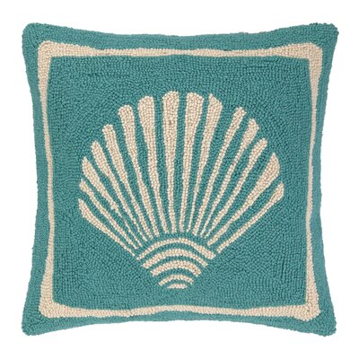 Single Scallop Hooked Wool Throw Pillow