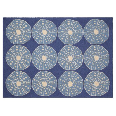 Oceanic Hooked Hand-Woven Wool Blue Area Rug