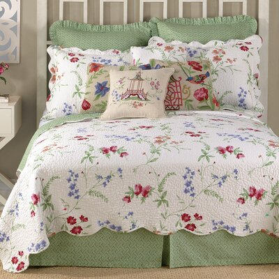 Marinella Quilt Size: King