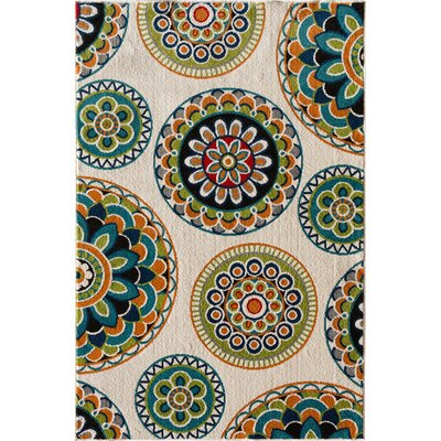 Bethea Green Area Rug Rug Size: Rectangular 67 x 96