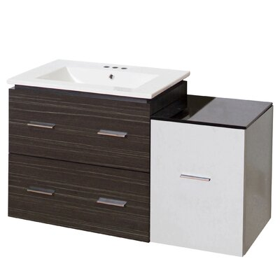 Kyra 38 Plywood Single Bathroom Vanity with 3 Drawers Faucet Mount: 4 Centers