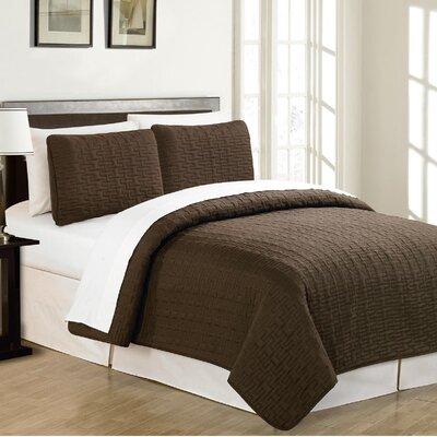 Sandra Venditti Reversible Quilt Set Size: Full / Queen, Color: Chocolate