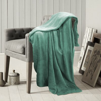Carnside Polyester Blanket Color: Ocean Wave