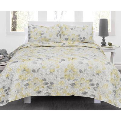 Lauren Taylor Joan Quilt Set Size: Full/Queen