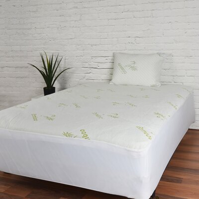 1 Polyester Mattress Pad Size: Queen