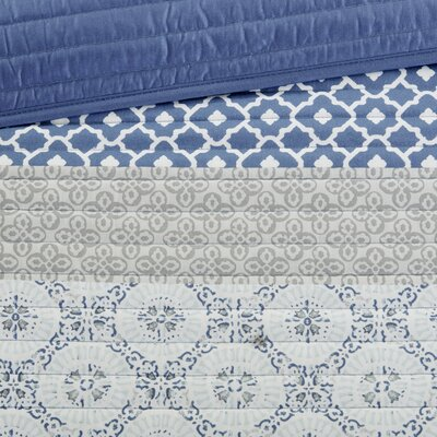 Wedgewood Complete Coverlet and Cotton Sheet Set