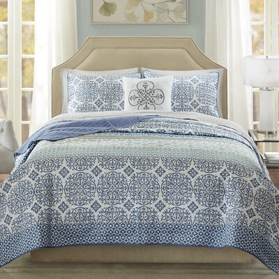 Wedgewood Coverlet Set Size: Twin, Color: Blue