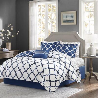 Winard Reversible Complete Comforter Set  Size: Queen, Color: Navy