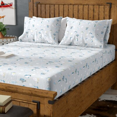 Daria Penguins All Seasons Sheet Set Size: Queen