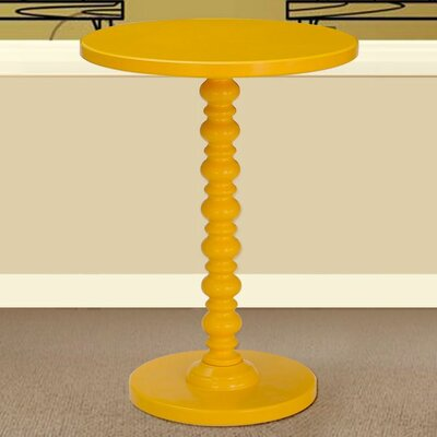 Table Finish: Yellow