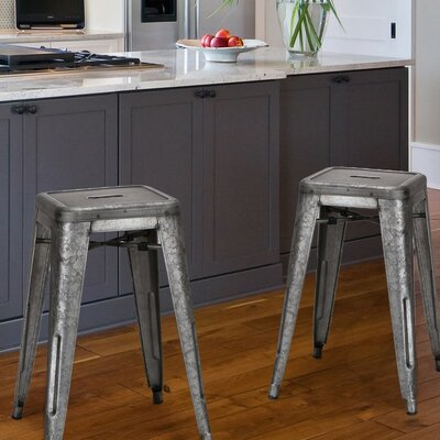 24 Bar Stool Upholstery: Dark Iron