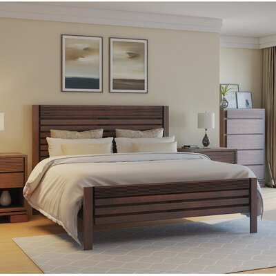 Vienna Platform Bed Color: Cinnamon, Size: King
