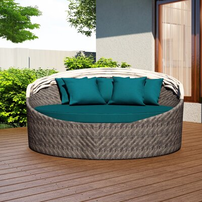 Wink Daybed with Cushion Fabric: Spectrum Peacock