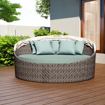 Wink Daybed with Cushion Fabric: Canvas Spa