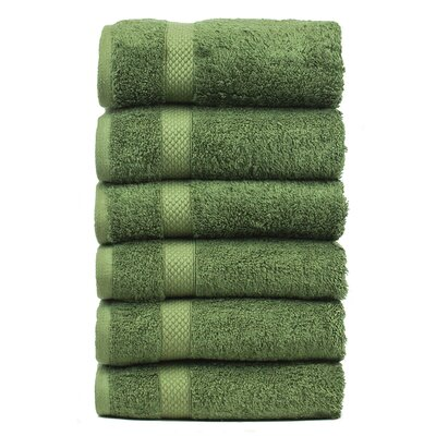 Blossom Hand Towel Color: Moss