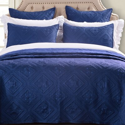 Fern Crystal Quilt Size: Queen, Color: Navy Blue