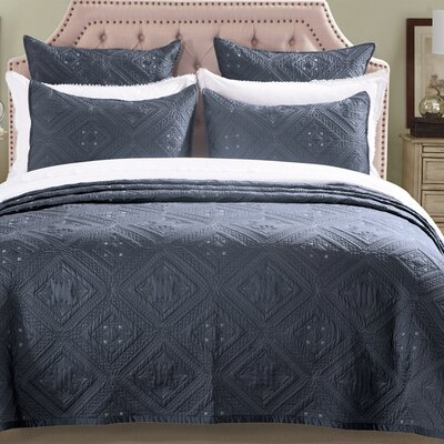Fern Crystal Quilt Size: King, Color: Graphite