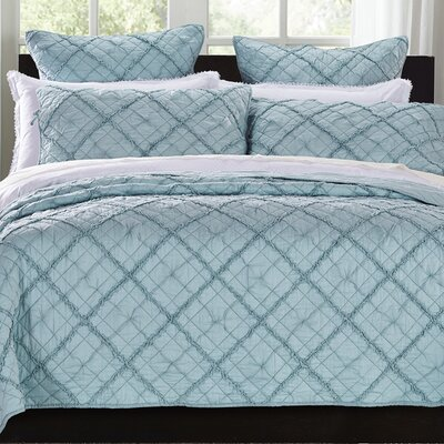 Diamond Applique Quilt Size: King, Color: Pacific Blue