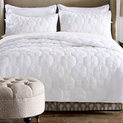 Dream Waltz Quilt Size: Queen, Color: White