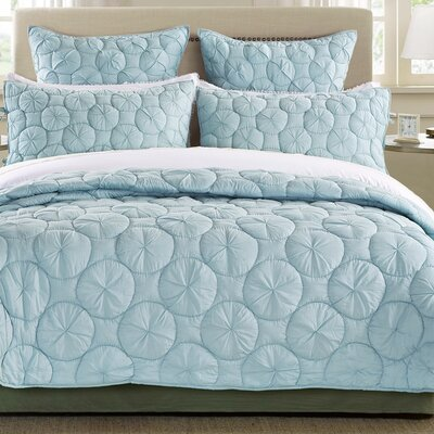 Dream Waltz Quilt Size: King, Color: Pacific Blue