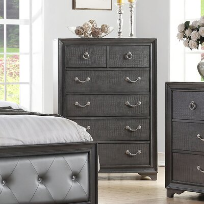 Rodeo Drive 6 Drawer Chest