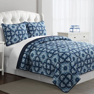 Estate Carrie Reversible Quilt Set Size: Full / Queen