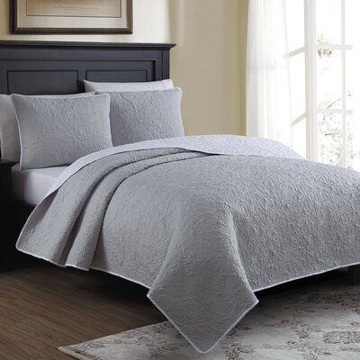 Marseille Reversible Quilt Set Size: King, Color: Gray