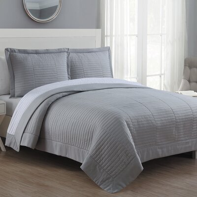 Grid Reversible Quilt Set Size: Full/Queen, Color: Gray