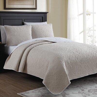 Marseille Reversible Quilt Set Size: King, Color: Cream