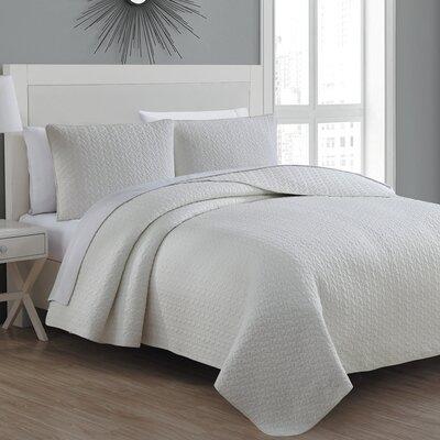 Tristan Quilt Set Size: Twin, Color: Ivory