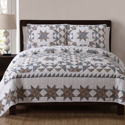 Estate Clara Quilt Set Size: Full/Queen