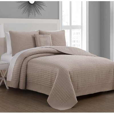 Estate Crosby Quilt Set Color: Taupe, Size: Twin