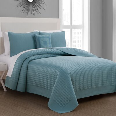 Estate Crosby Quilt Set Color: Dusty Blue, Size: Full/Queen