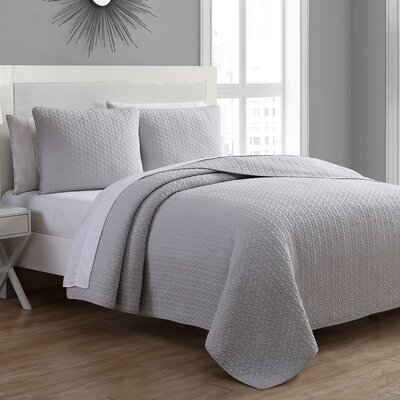 Tristan Quilt Set Size: Twin, Color: Silver