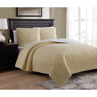 Marseille Reversible Quilt Set Size: Twin, Color: Yellow