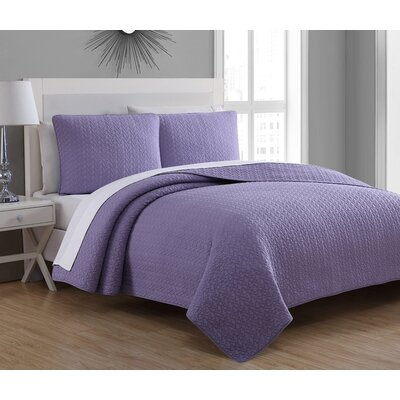 Tristan Quilt Set Size: King, Color: Wisteria