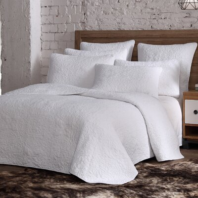 Curtis Quilt Set Size: Full/Queen, Color: White