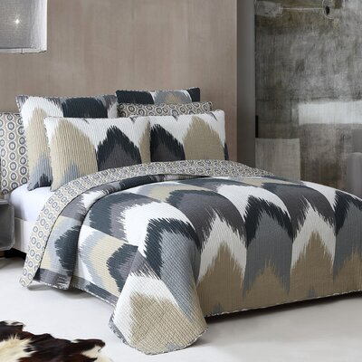 Herculis Quilt Set Size: Full/Queen