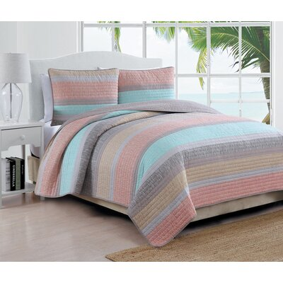 Phillips Quilt Set Color: Multi, Size: Twin