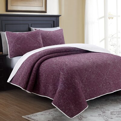 Oyola Quilt Set Size: Full/Queen