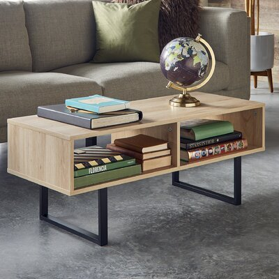 Coffee Table Finish: Natural