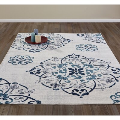 Lewinsbrook Ivory/Navy Area Rug Rug Size: 53 x 73
