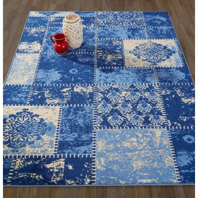 Anne Patchwork Blue/Ivory Area Rug Rug Size: 5 x 66
