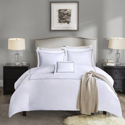 Luxury 5 Piece Comforter Set Size: Full / Queen, Color: Grey